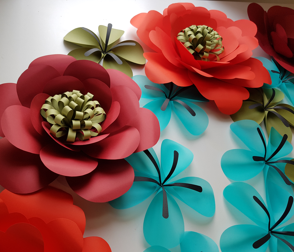 EVA WILLEMS - PAPER FLOWERS 1.png