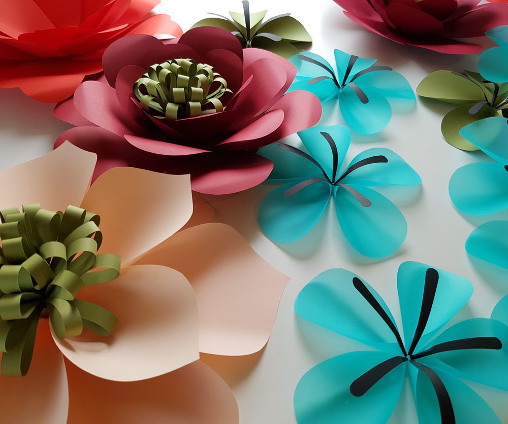 EVA WILLEMS - FLOWERS IN PAPER.png