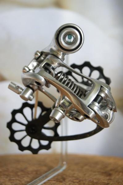 Tuned-Dura-Ace-Derialleur-2-399x600.jpg