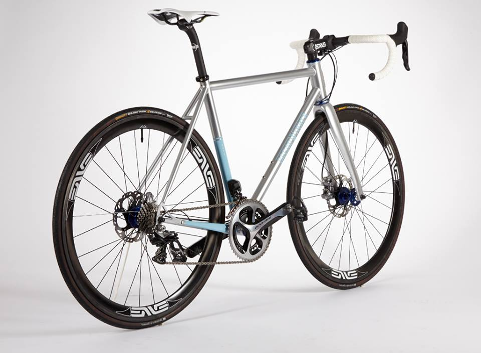 Lolo Disc. Our most popular bike, now with disc brakes.