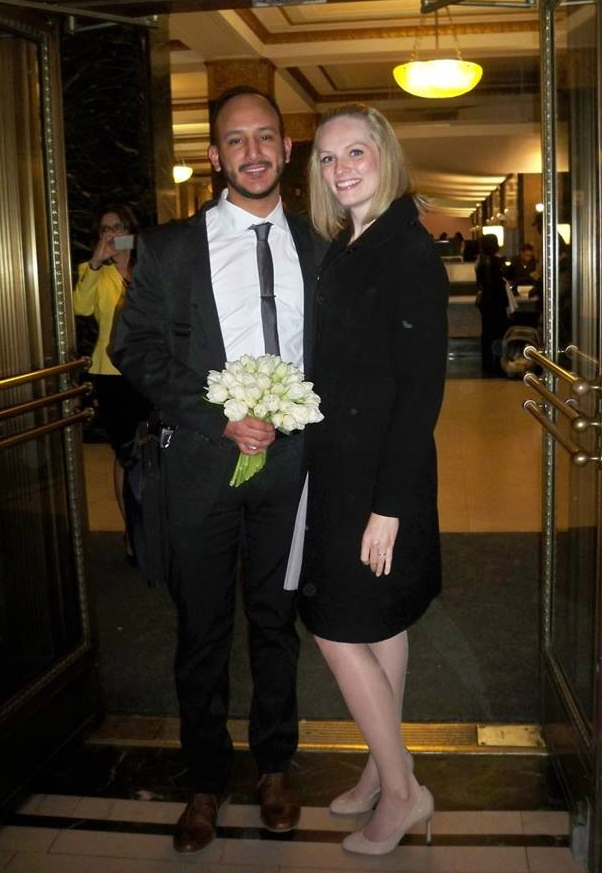 Ashley Emerson just got married. We wish the happy couple all the best! (And beautiful flowers, Jose!).