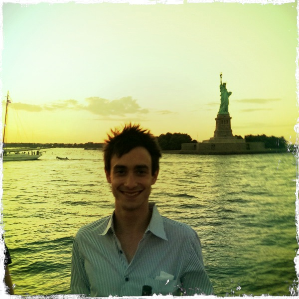 Jon Blank and a certain NYC landmark on one of our famous summer boat dances.