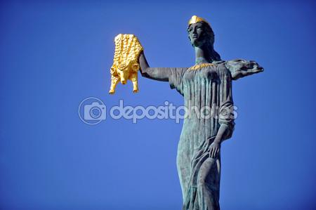 The statue of Medea in Batumi.