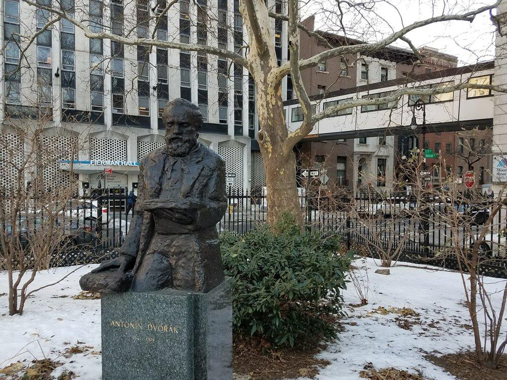 Antonín D_Talking Statue.jpg