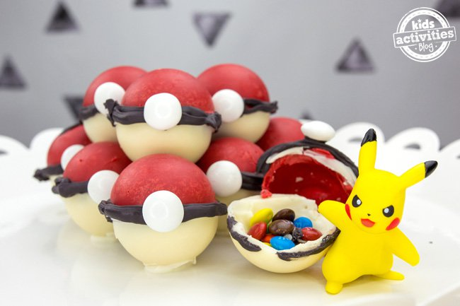 Poke Ball Treats