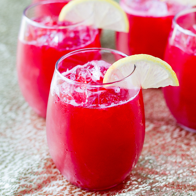 Raspberry Lemonade Fizz Glowtini by Wonder Kids
