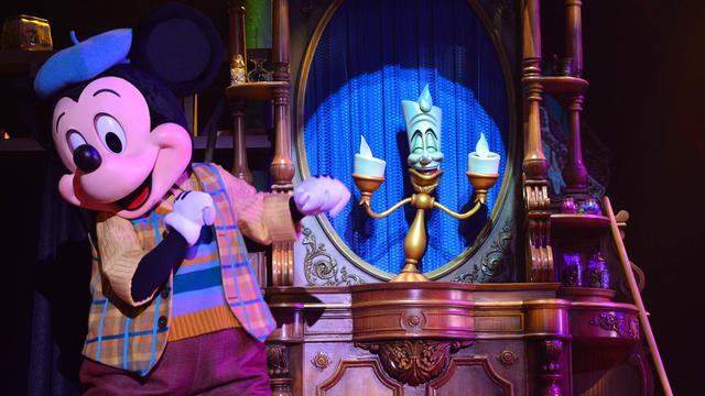 n024290_2023feb31_mickey-and-the-magician_16-9.jpg