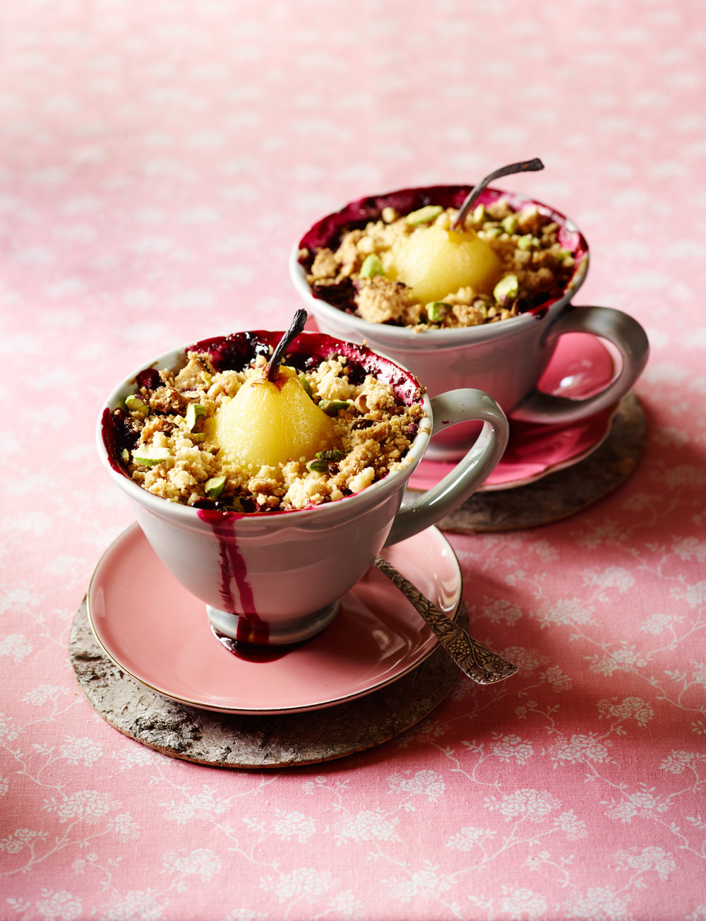 Forest Fruit Crumble -