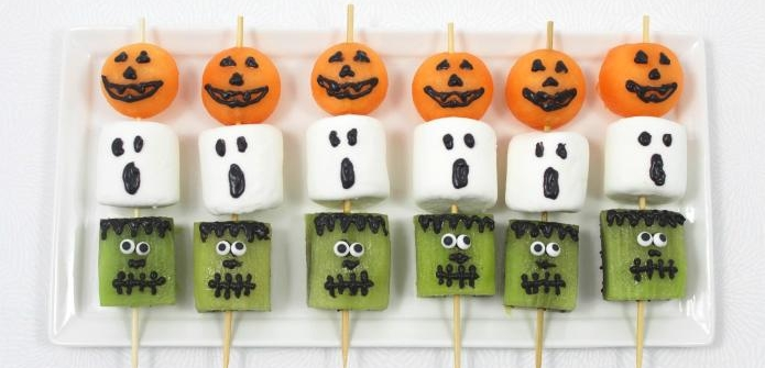 Halloween Fruit Kebabs from Wonder Kids
