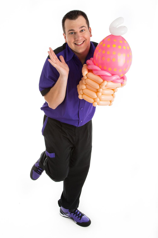 Wayne Wonder Balloon Cupcake