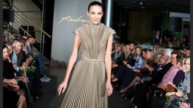 visaziste zydre zilinskaite zyzi makeup artist fashion show audrone bunikiene runway model