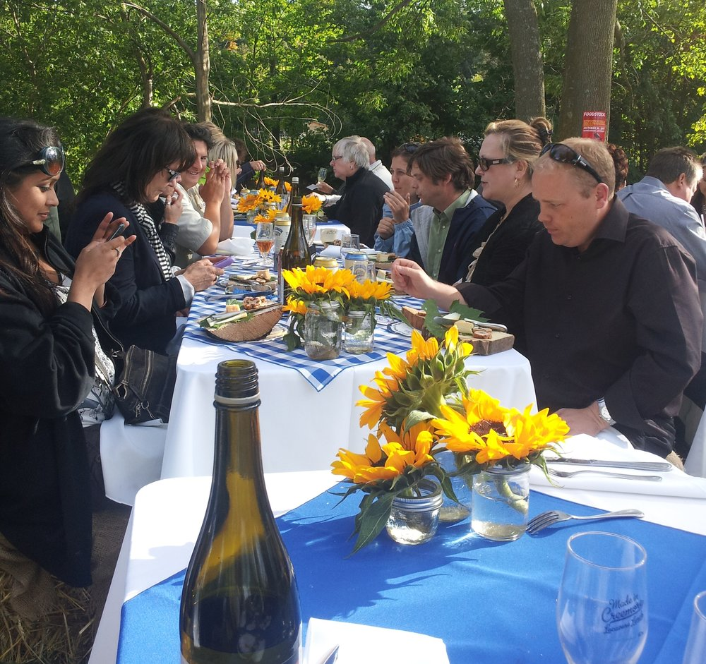 Special Locavore Dining Events al Fresco