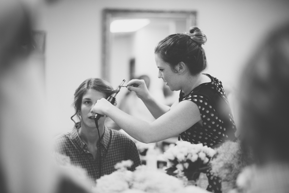 A neat thing about being a wedding photographer - jumping in where you are needed! Even for some simple curling!