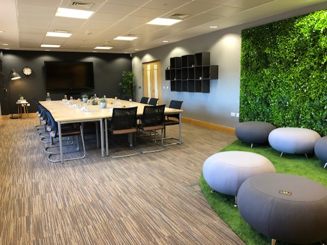 artificial green plant wall office4.png