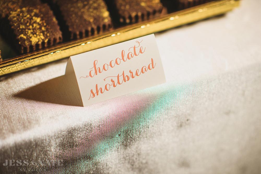 wedding_dessert_sign_script_pink_alisabobzien