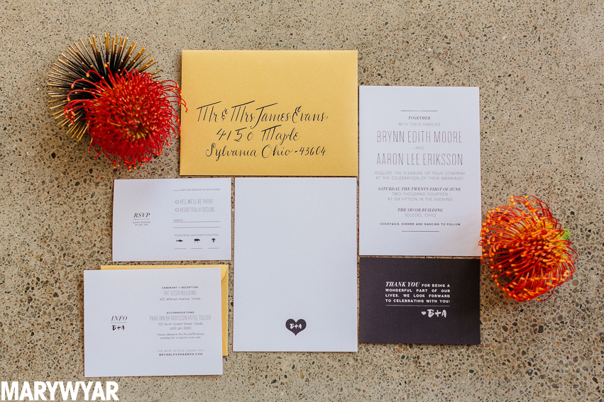 Mod_midcentury_modern_wedding_invitation