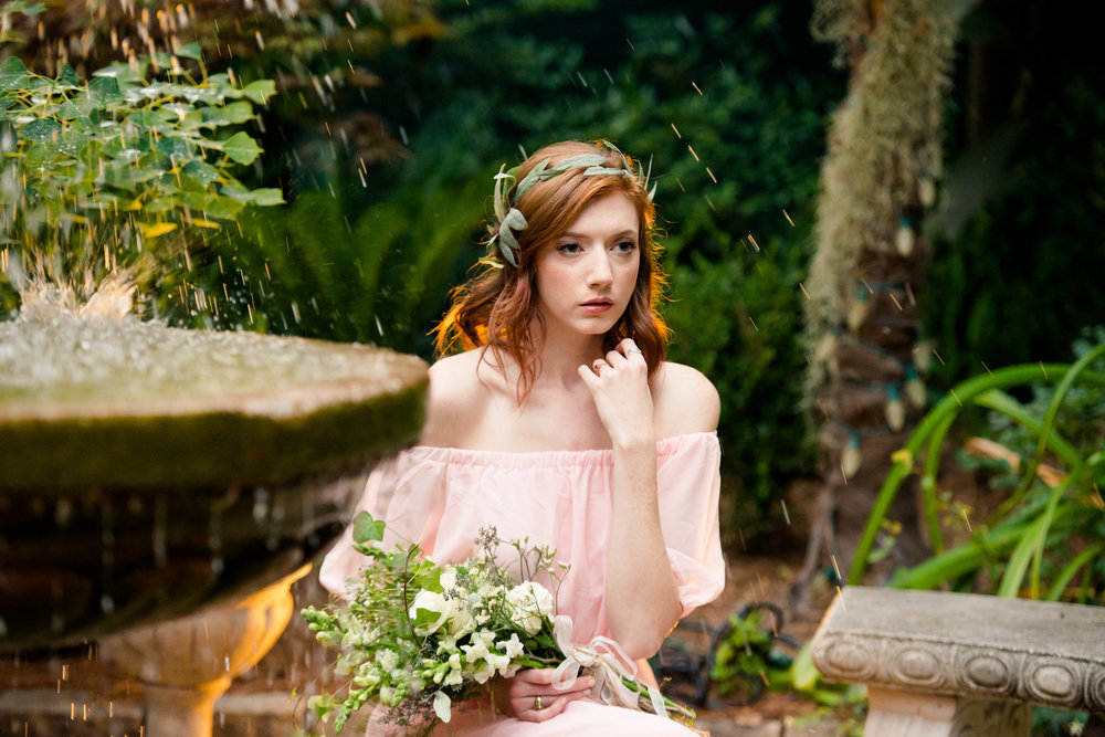 redhead_bride_styled_shoot_wedding_fountain_blush_gold