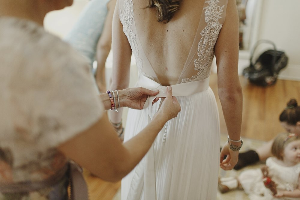 backless-lace-boho-wedding-dress