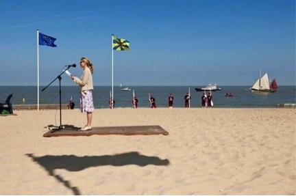 beachspeech.jpg