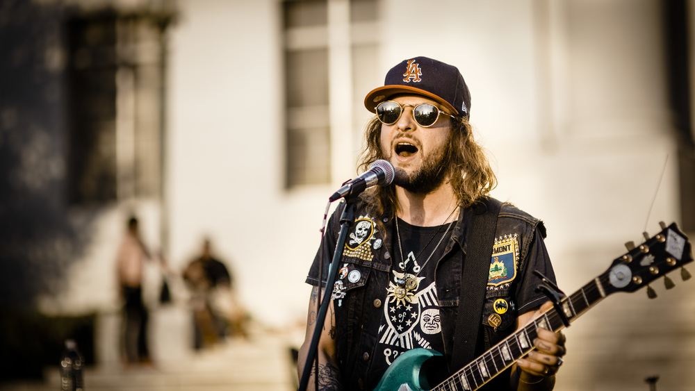 ALBUM REVIEW : KING TUFF's Latest