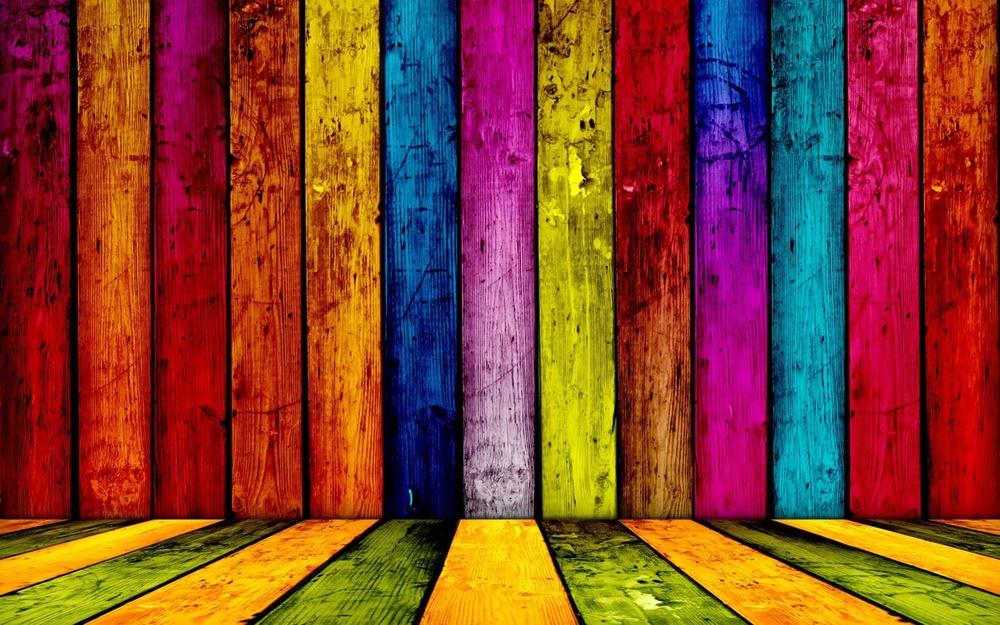 bright_painted_wood.jpg