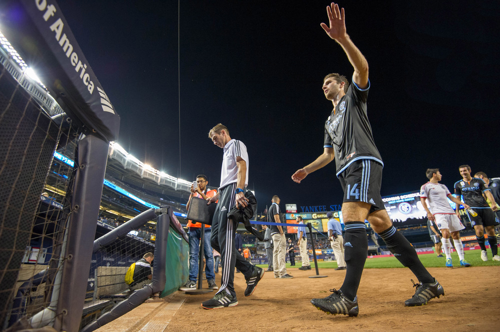 Patrick Mullins waves to fans after the game at Yankee Stadium | Nikon D3s f/4 1/800 16mm