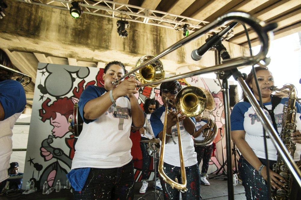 Red_Bull_Street_Kings_-_Original_Pinettes_Performance_2.jpg