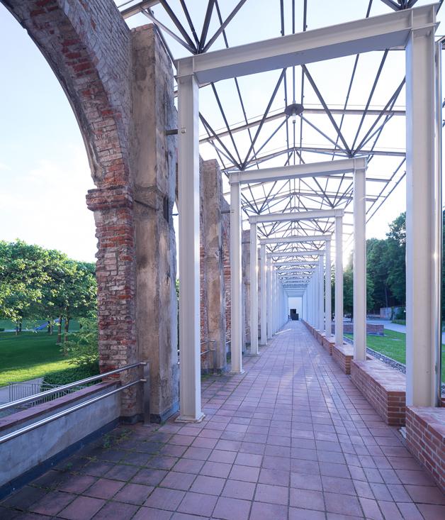 Gartenfront mit Renaissancearkadengang I