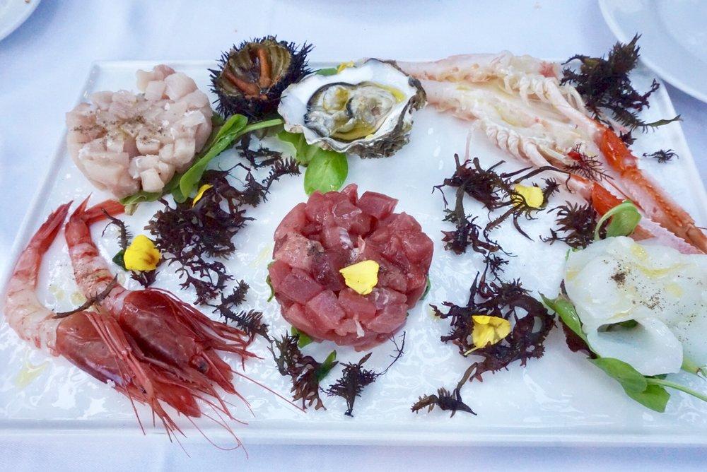 I Giardini di Babilonia . raw seafood platter