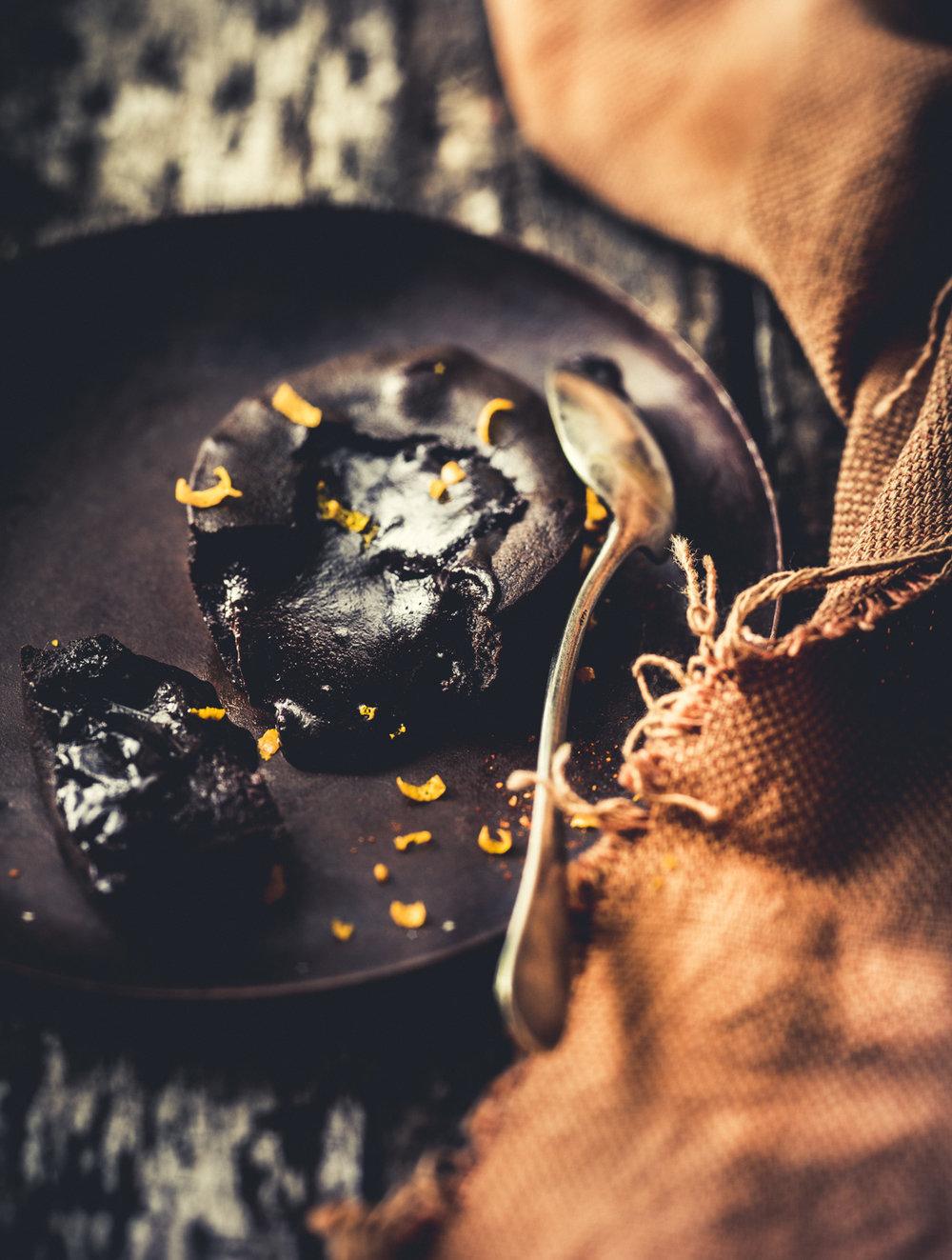 MUSTAFAR COULANT CHOCOLAT.jpg