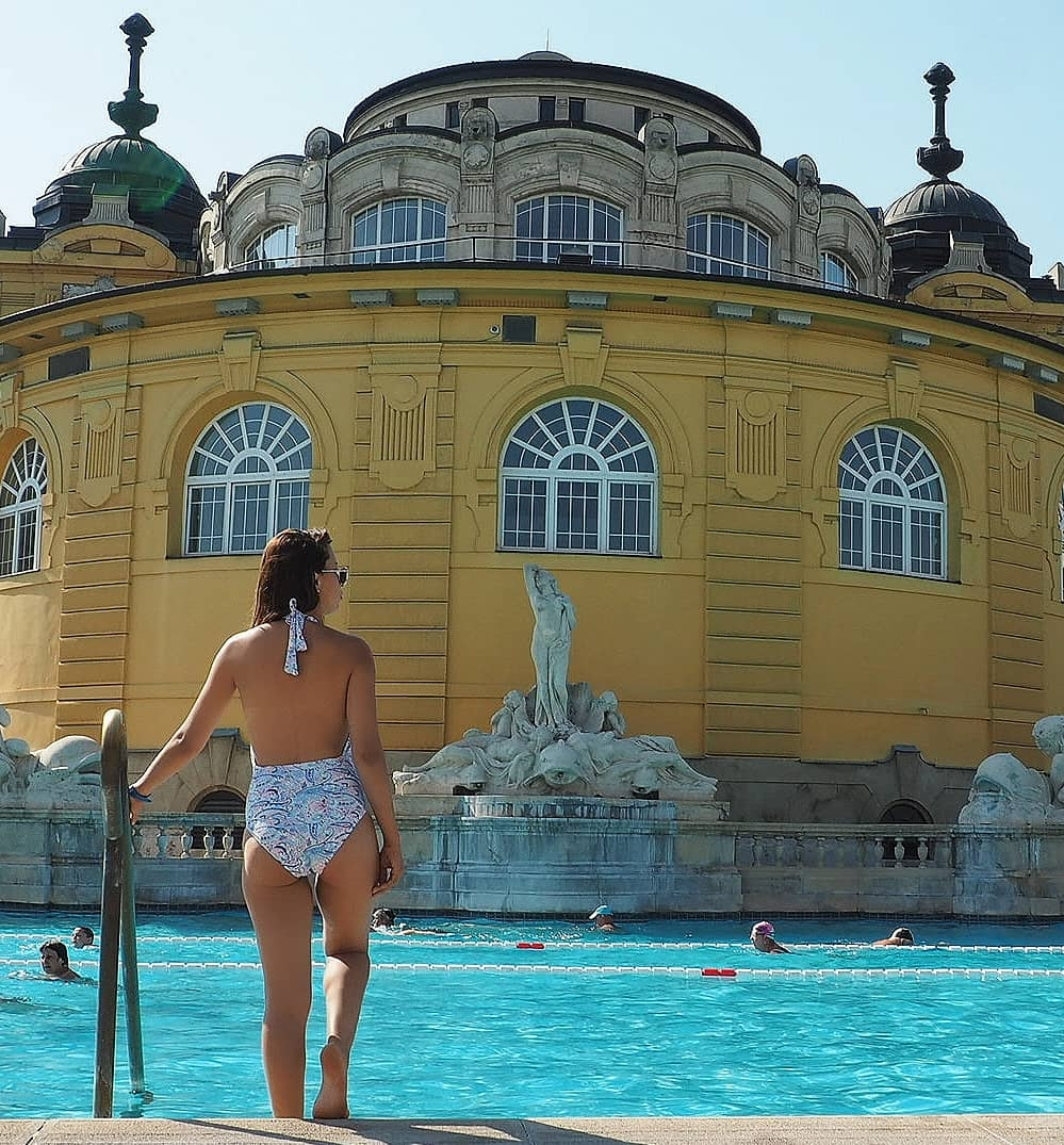 #2. Szechenyi Thermal Baths - Tired of running around the city and need to unwind? What's better than a day chilling in the thermal baths..Sun, rain or snow, you'll be able to rest your weary body in the 17 indoor and outdoor thermal baths whilst the local pensioners play chess around the pool.There's also a very fun party night here on Saturday nights in summer!Top Tip: Bring your own towel!