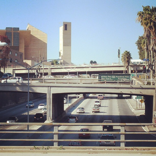 The trench. Support the creation of a new fwy cap park! #park101 #dtla