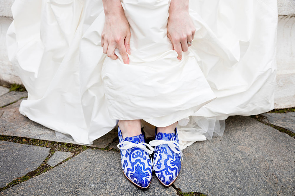 09weddingshoes.jpg