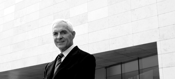 Eduardo Costantini- Founder, Chairman, CEO and main shareholder of Consultatio S.A.