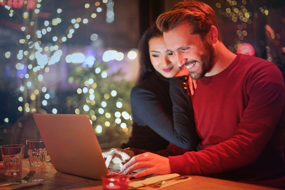 Online Couples Counseling where psychologists use e-counseling to help couples improve their relationship anywhere in Kentucky.