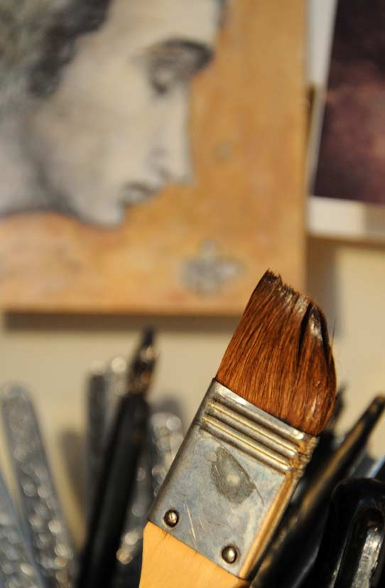 V-M-studio-brush-II.jpg