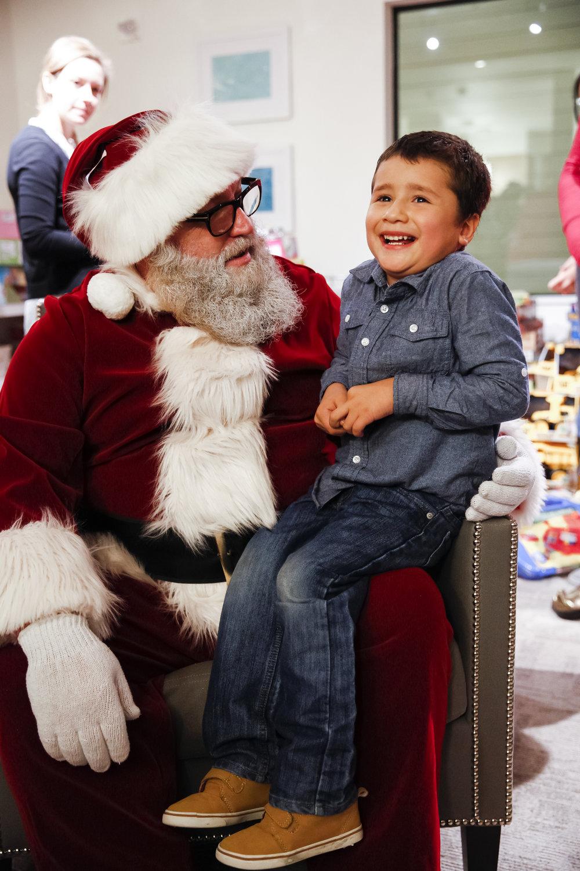 familyhousechristmas-ahp-00075.jpg