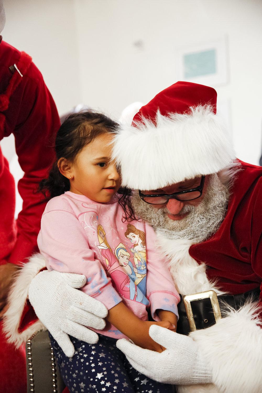 familyhousechristmas-ahp-00178.jpg