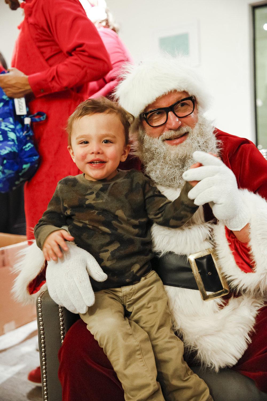familyhousechristmas-ahp-00250.jpg