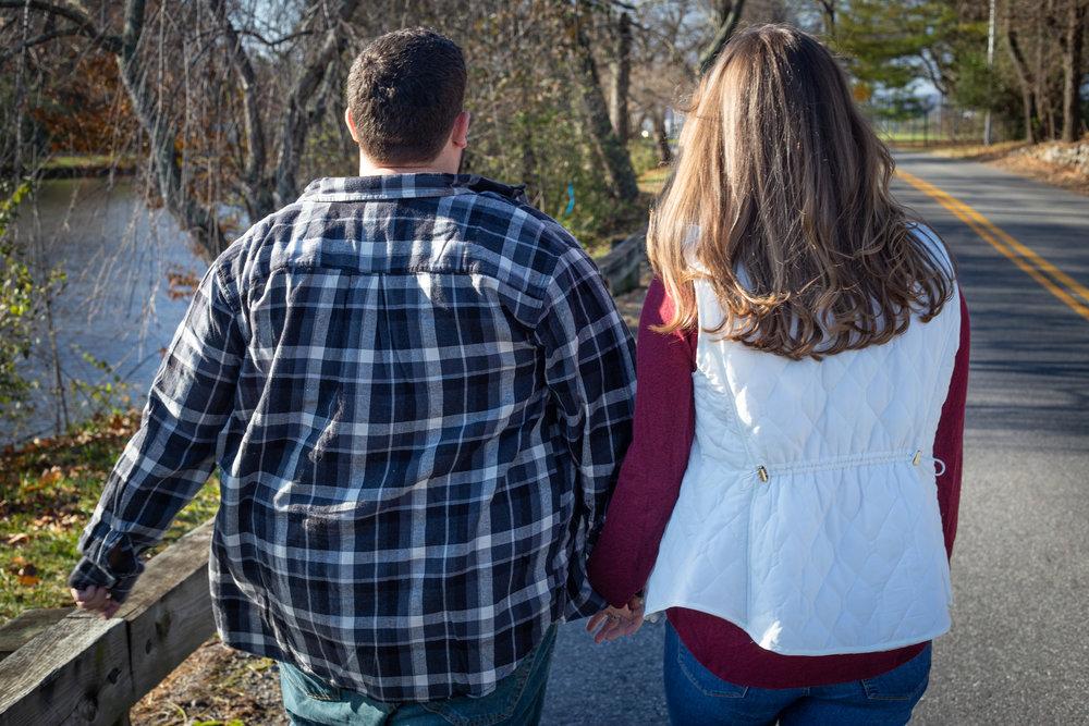 Fall-pond-Virginia-Tech-Duck-Pond-walking-couple-engaged-love-Blacksburg-roanoke-road