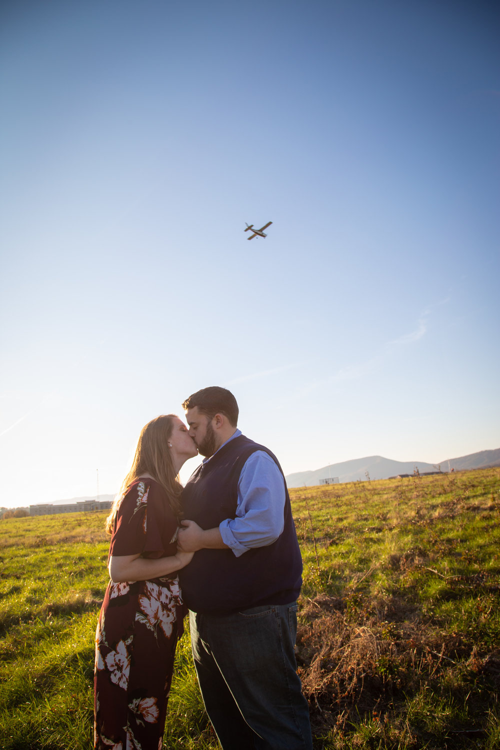 Sunset-Roanoke-shakers-field-flare-airport-love-together-virginia-photography-shoot-together-wider-airplane