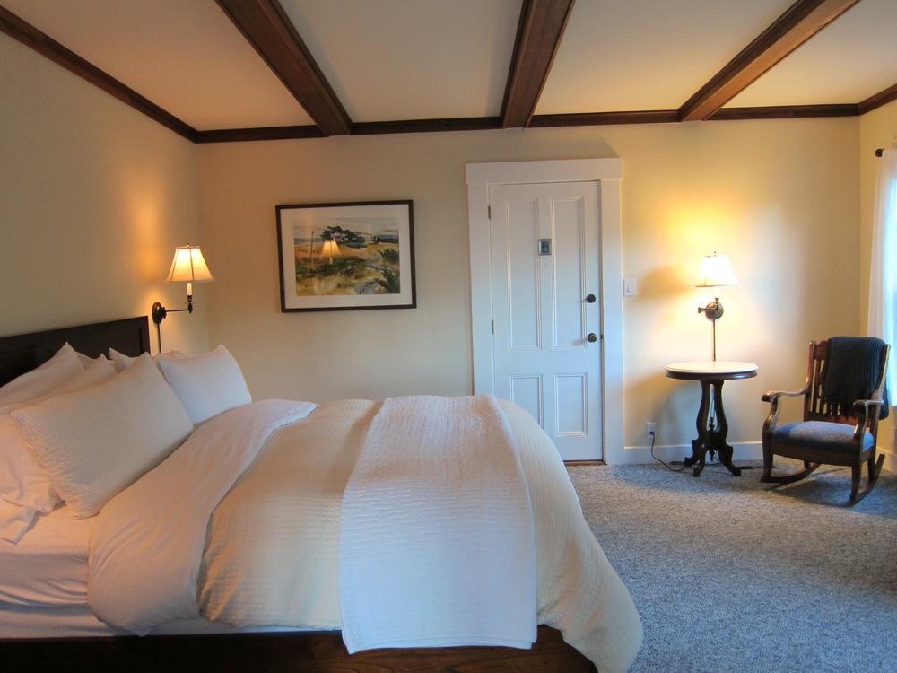 The Eastlin Suite is a large, private and quiet accommodation with a secret door.