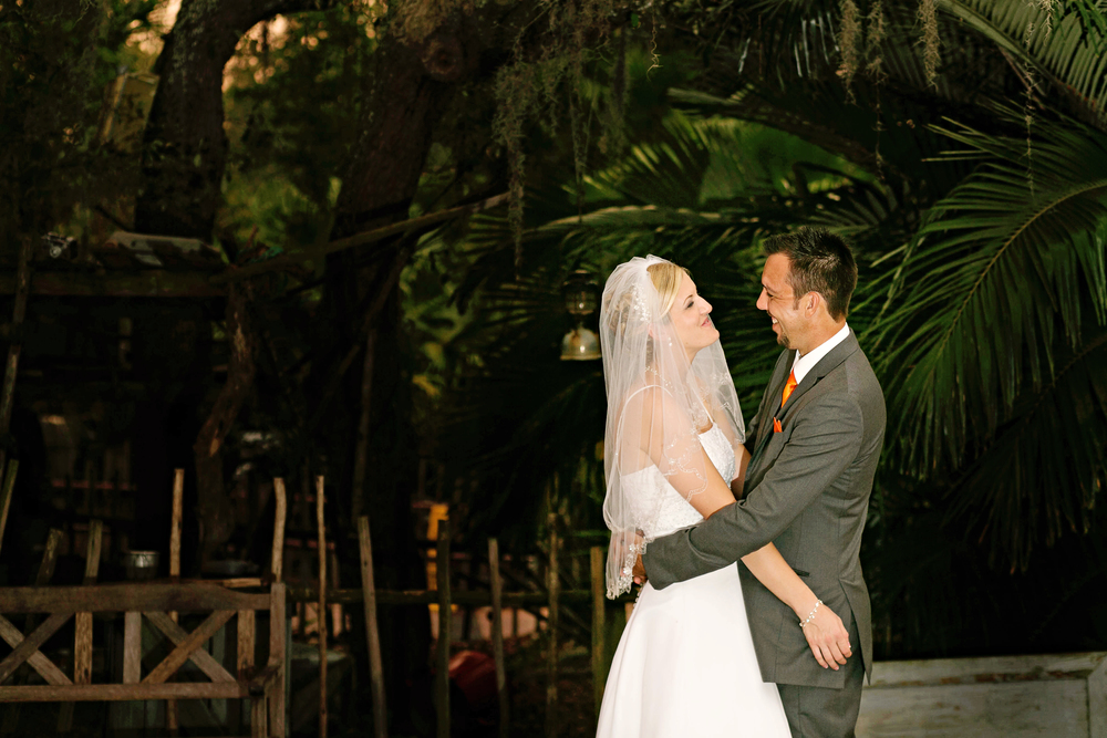 Tampa Lowry Zoo Wedding Photographer-334.jpg