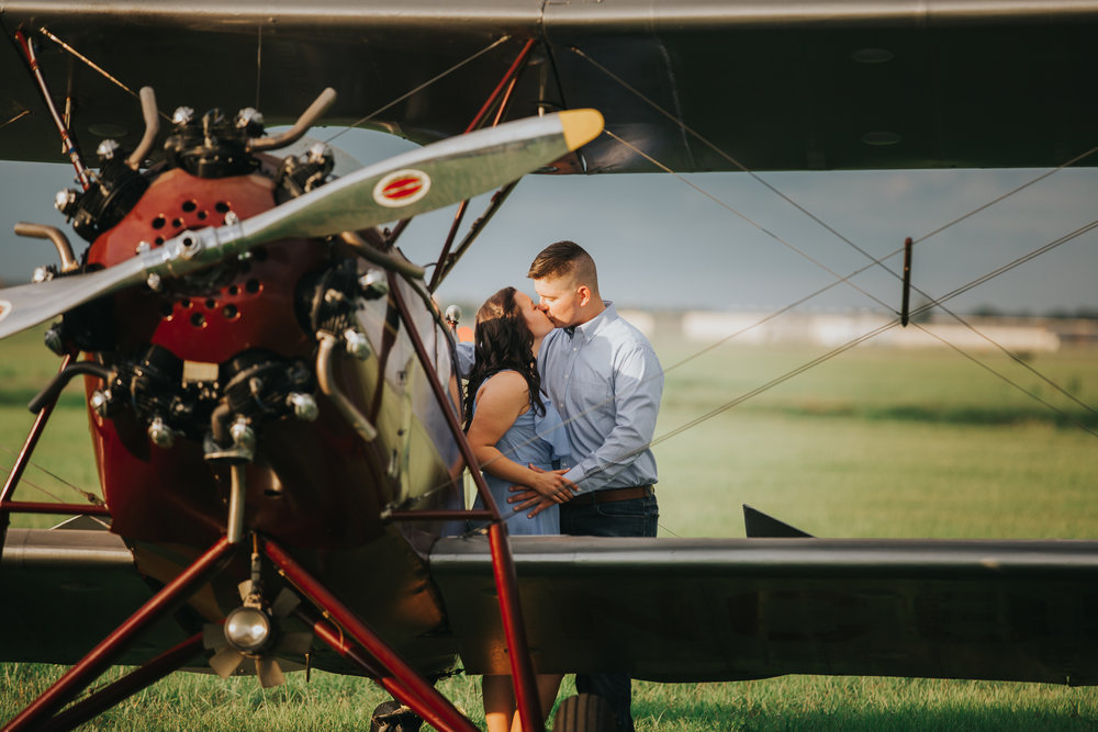 Tampa Engagement wedding photographer photography plane wedding-9.jpg