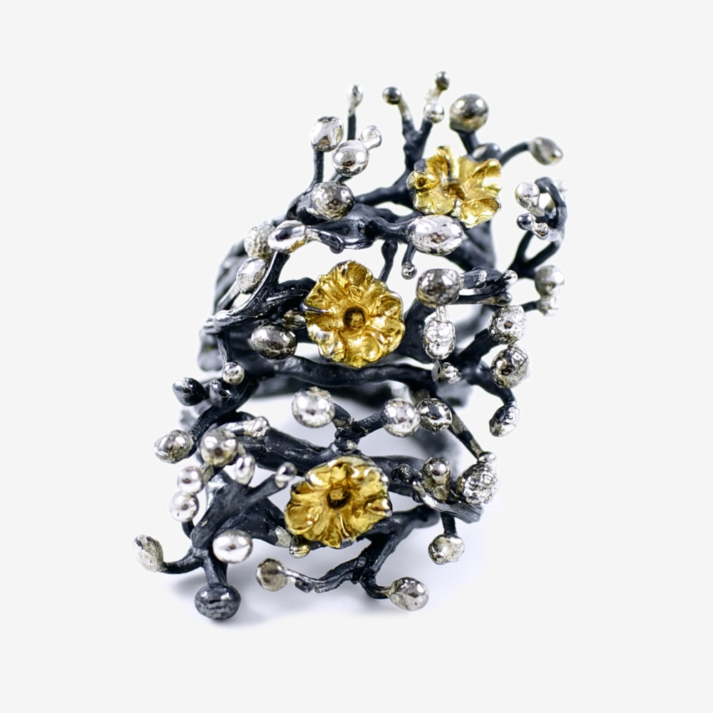 Large Tokyo Efflorescence Ring with Gold and Palladium