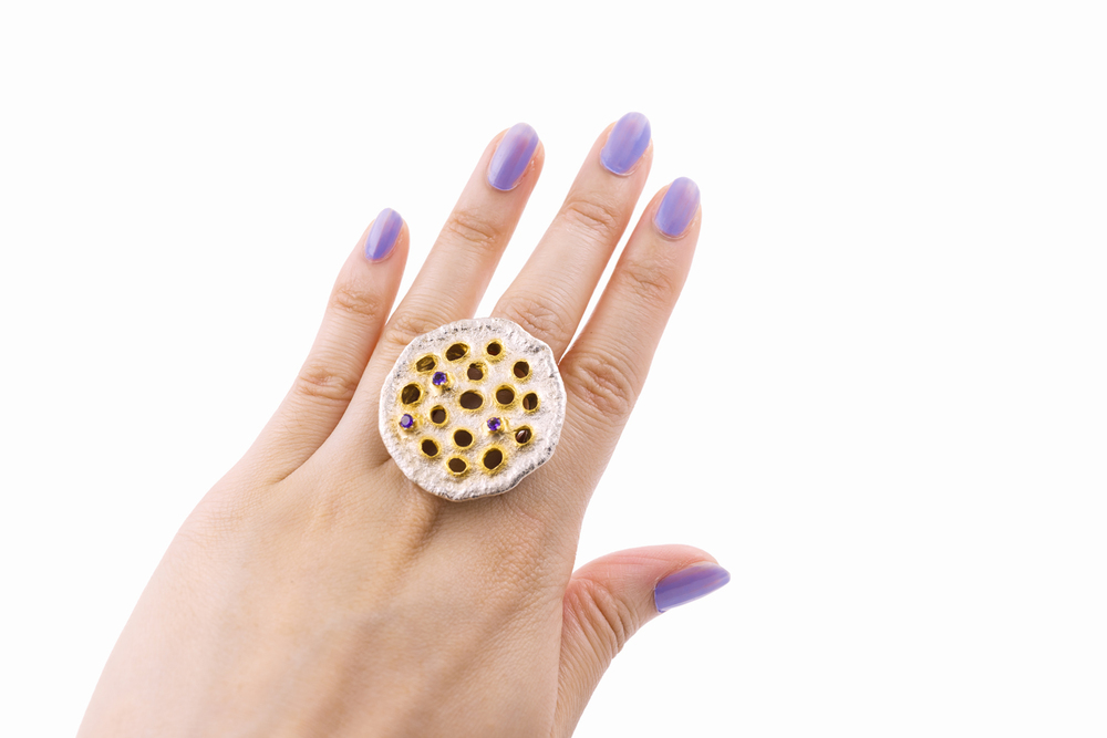 Luke Maninov Lotus pod ring neuroscience