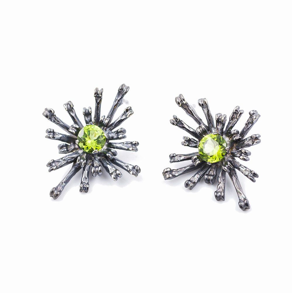 THE FLOWERS REMAINING EARRINGS | TALL Oxidised sterling silver, peridot