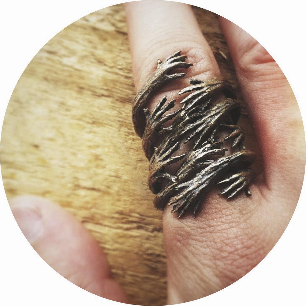 Hands Rings // Bronze (2012)