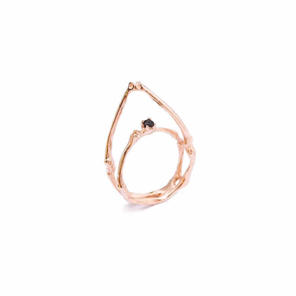 Towers Ring | Rose gold, black diamond.
