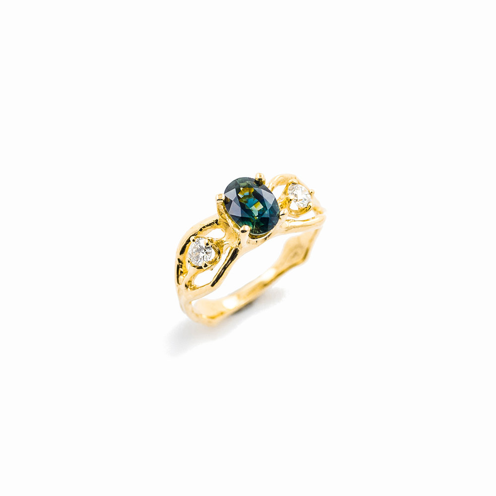 Unfolding Engagement Ring |  18ct yellow gold, sapphire, white diamonds.